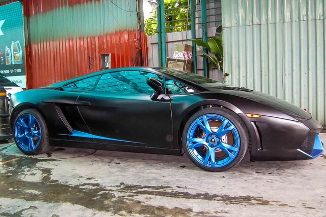 Lamborghini Gallardo SE doc nhat Viet Nam son mau den mo hinh anh