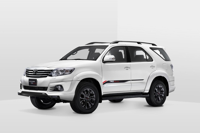 Toyota Viet Nam ra mat Fortuner TRD Sportivo 2015 hinh anh