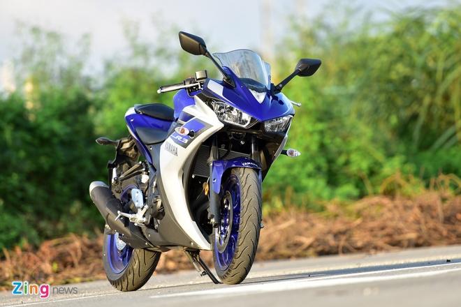 Chay thu Yamaha YZF-R3: Sportbike phu hop cho nai non tay hinh anh 7 Giá bán 150 triệu đồng là lợi thế của Yamaha YZF-R3 so với các đối thủ trong cùng phân khúc. Ảnh: Mạnh Thắng
