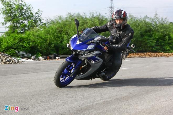 Chay thu Yamaha YZF-R3: Sportbike phu hop cho nai non tay hinh anh 6