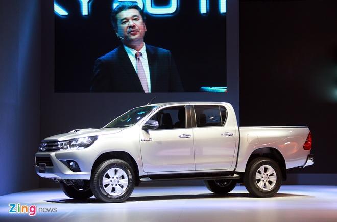 Toyota Hilux 2016 ra mat tai VN, gia tu 693 trieu dong hinh anh 2 Xe bán tải của Toyota có sự thay đổi lớn so với thế hệ trước.