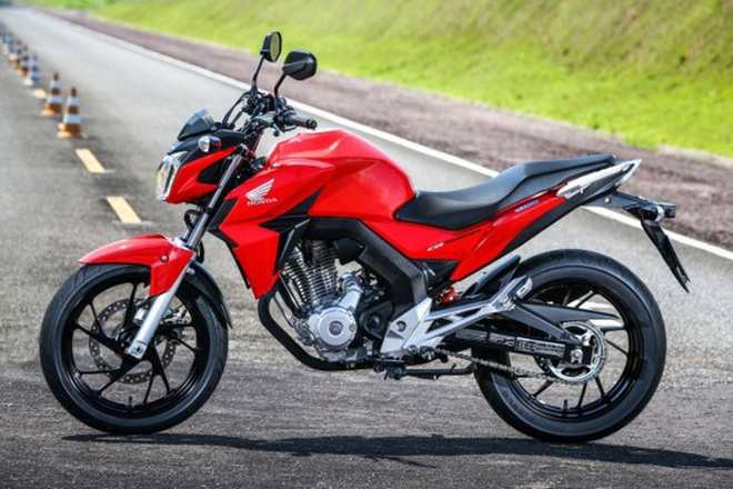 Honda trinh lang naked bike 250 phan khoi moi hinh anh