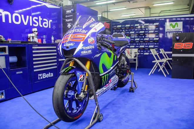 Yamaha YZR-M1 - sieu moto on dinh nhat MotoGP 2015 hinh anh