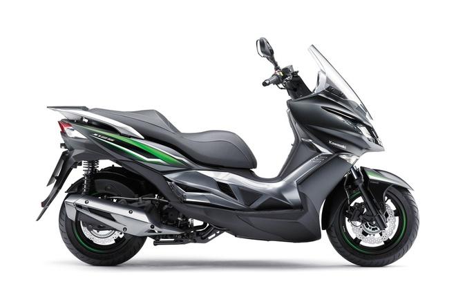 Kawasaki ra mat xe tay ga 125 phan khoi dau tien hinh anh 1
