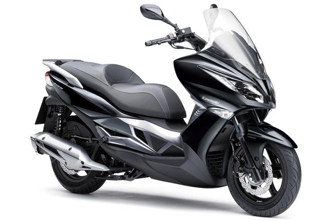 Kawasaki ra mat xe tay ga 125 phan khoi dau tien hinh anh