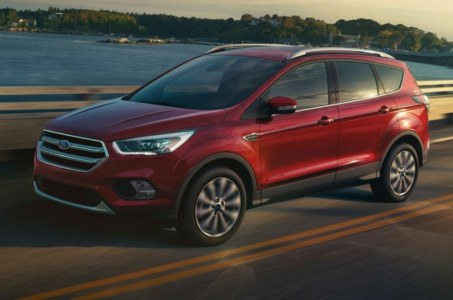 Ford Escape 2017 co thiet ke va dong co moi hinh anh