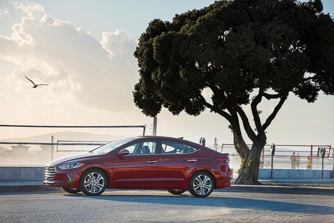 Hyundai Elantra 2017 thay doi toan dien hinh anh 6