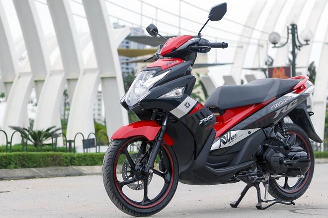 Honda Air Blade va Yamaha Nouvo: Cuoc chien khong hoi ket hinh anh