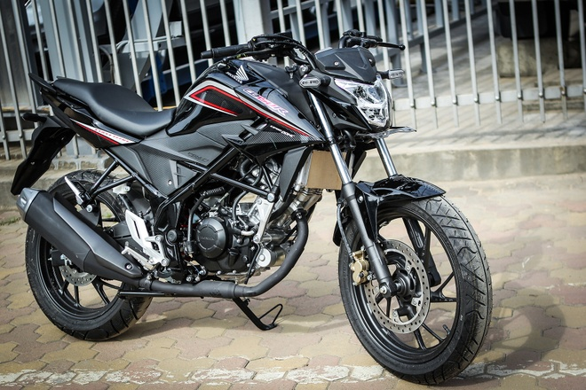 Can canh naked bike 150 phan khoi cua Honda moi ve Ha Noi hinh anh