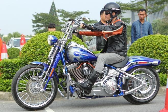 Harley-Davidson huong dan ky thuat dieu khien moto tai Ha Noi hinh anh