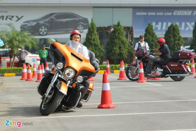 Harley-Davidson huong dan lai xe an toan tai Ha Noi hinh anh 6