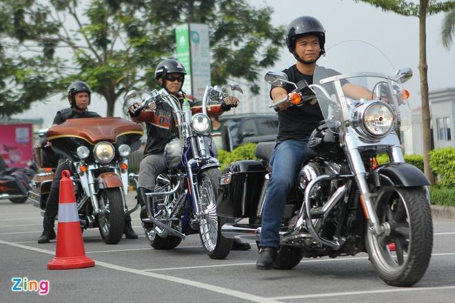 Harley-Davidson huong dan lai xe an toan tai Ha Noi hinh anh 3