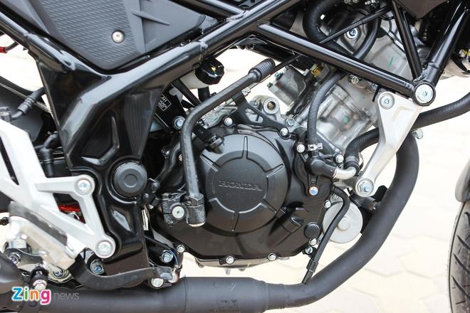 Honda CB150R 2016 so dang voi Yamaha FZ150i hinh anh 19