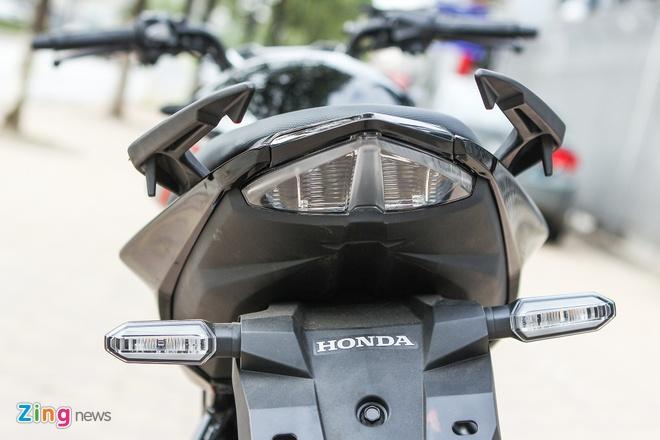 Honda CB150R 2016 so dang voi Yamaha FZ150i hinh anh 15