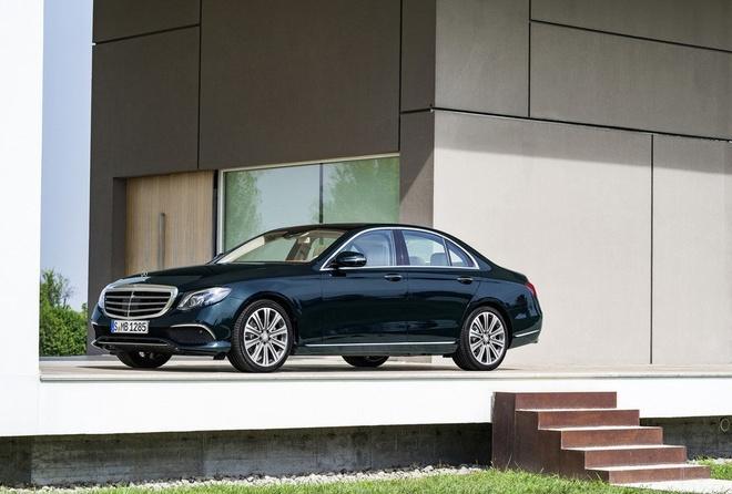 Mercedes-Benz E-Class moi lo anh ro net hinh anh 5