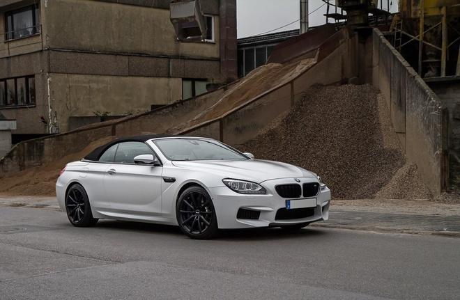 Xe mui tran BMW M6 Convertible do cong suat hon 700 ma luc hinh anh 3