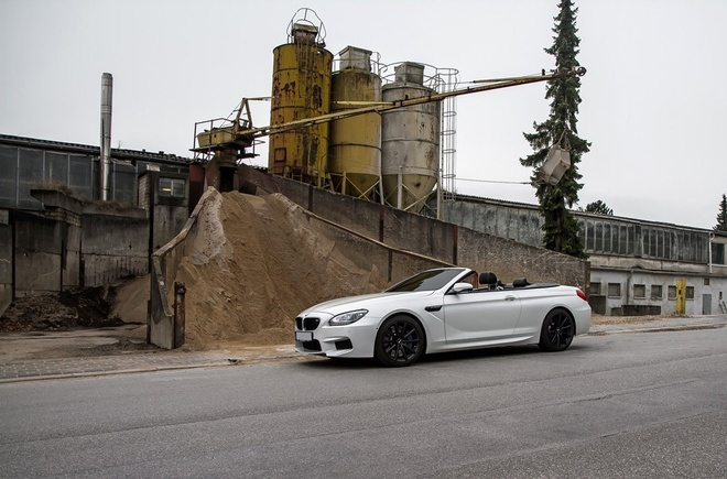 Xe mui tran BMW M6 Convertible do cong suat hon 700 ma luc hinh anh 5