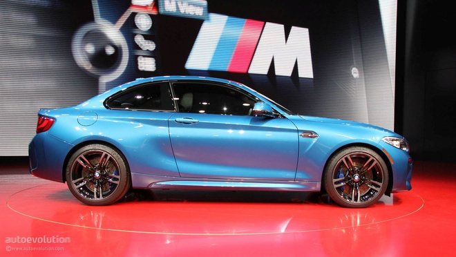 BMW M2 2016 - xe the thao moi tu Duc hinh anh 2
