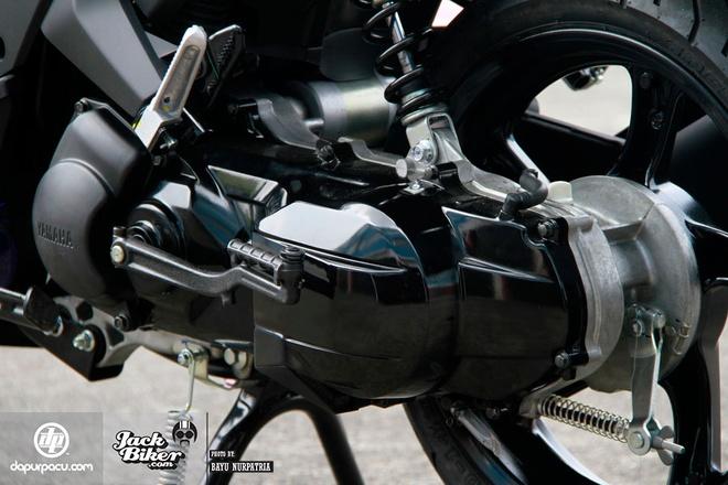 Chi tiet xe tay ga Yamaha Aerox 125LC moi ra mat hinh anh 10