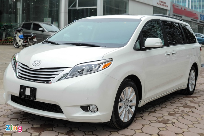 Toyota Sienna Limited 2016 co mat tai Ha Noi hinh anh 1