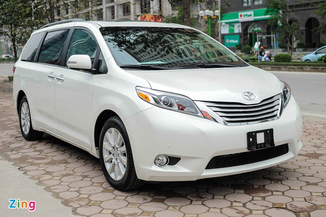 Toyota Sienna Limited 2016 co mat tai Ha Noi hinh anh 2