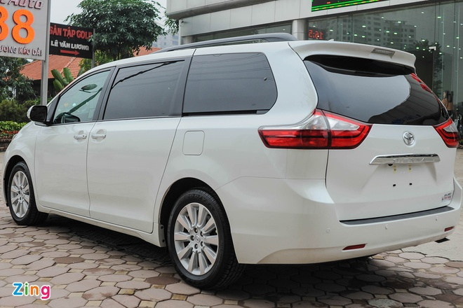Toyota Sienna Limited 2016 co mat tai Ha Noi hinh anh 14