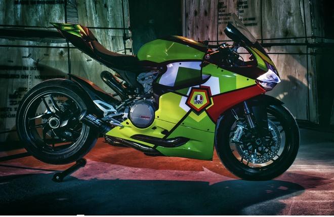 Ducati Panigale 899 do phong cach mu bao hiem cua biker Viet hinh anh