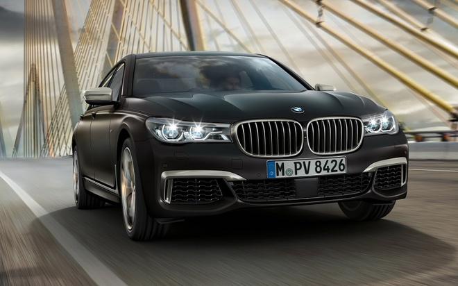 BMW M760Li xDrive moi cong suat 600 ma luc hinh anh 2