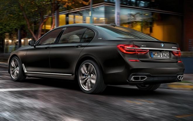 BMW M760Li xDrive moi cong suat 600 ma luc hinh anh 3