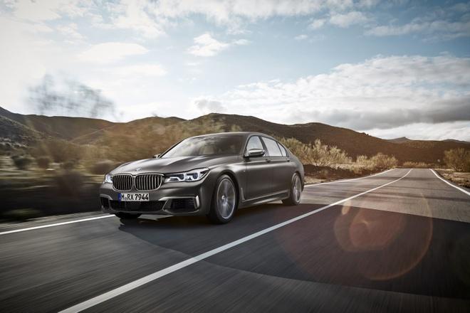 BMW M760Li xDrive moi cong suat 600 ma luc hinh anh 1