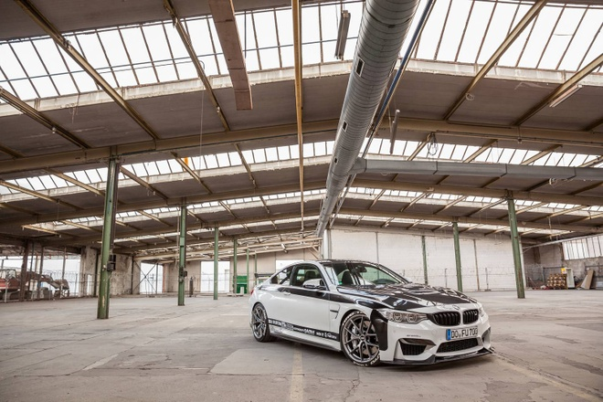 BMW M4 do cong suat 700 ma luc hinh anh 1