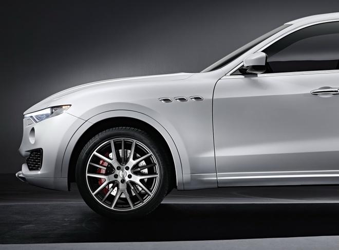 Maserati ra mat xe the thao da dung Levante 2017 hinh anh 4
