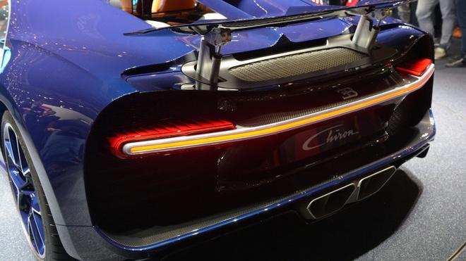 Nghe thu tieng po cua sieu xe Bugatti Chiron hinh anh