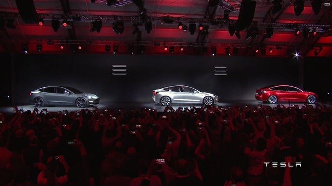 Tesla trinh lang oto dien Model 3 hinh anh 1