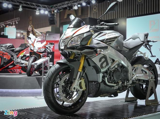 Aprilia Tuono 2016 - doi thu cua Kawasaki Z1000 tai Viet Nam hinh anh 1