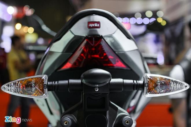 Aprilia Tuono 2016 - doi thu cua Kawasaki Z1000 tai Viet Nam hinh anh 7
