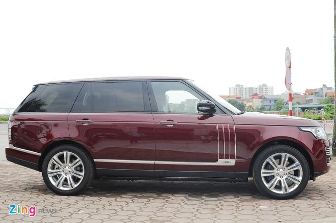 Range Rover LWB Black Edition mau hiem tai Ha Noi hinh anh 2