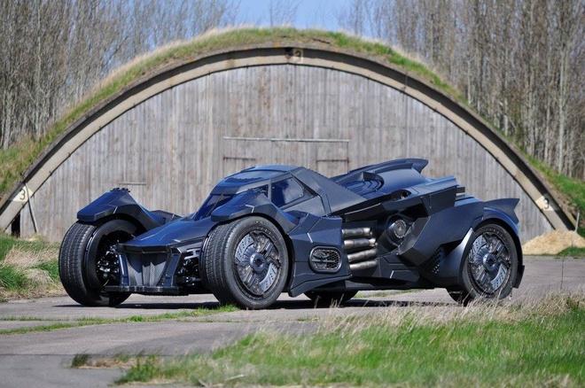 Chi tiet Batmobile do dong co Lamborghini 560 ma luc hinh anh 1