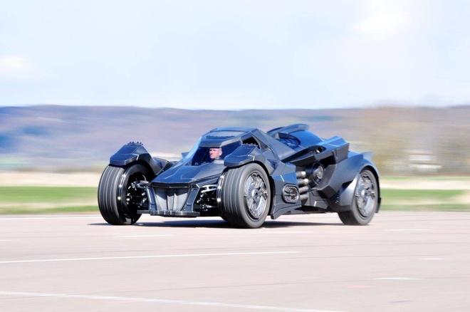 Chi tiet Batmobile do dong co Lamborghini 560 ma luc hinh anh 2