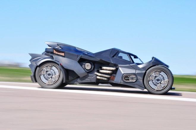 Chi tiet Batmobile do dong co Lamborghini 560 ma luc hinh anh 3