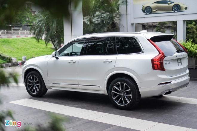 SUV hang sang Volvo XC90 T6 Inscription dau tien ve Ha Noi hinh anh 2