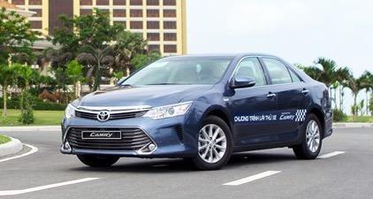 Toyota trieu hoi hon 2.000 chiec Camry tai Viet Nam hinh anh