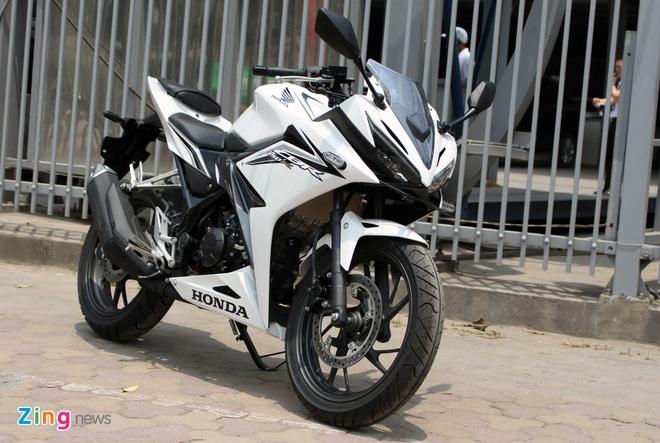 Honda CBR150R 2016 dau tien ve Ha Noi, gia khoang 100 trieu hinh anh 1