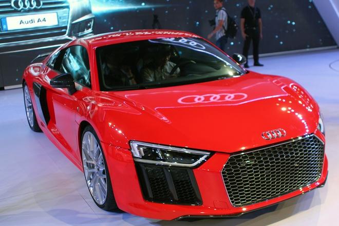 Audi trung bay sieu xe R8 V10 Plus trong trien lam rieng hinh anh