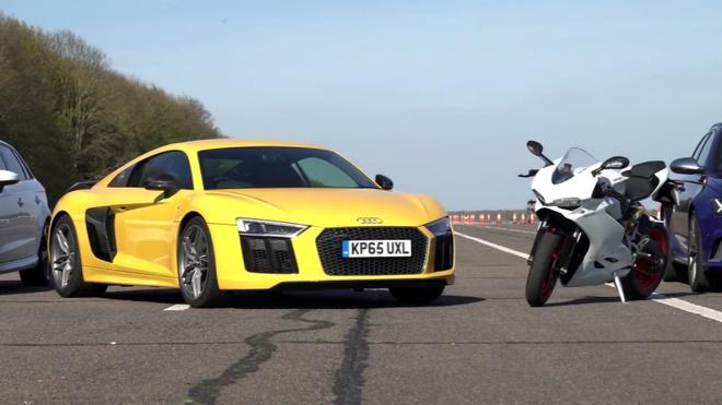 Audi R8 V10 Plus do suc sieu moto moi nhat cua Ducati hinh anh