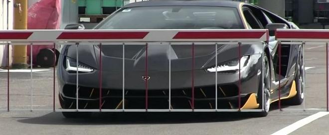 Sieu xe Lamborghini 1,9 trieu USD lan dau xuong pho hinh anh