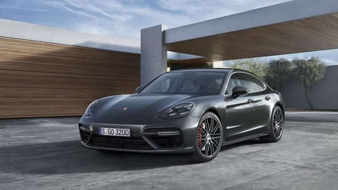 Porsche Panamera 2017 thay doi thiet ke, dong co hinh anh