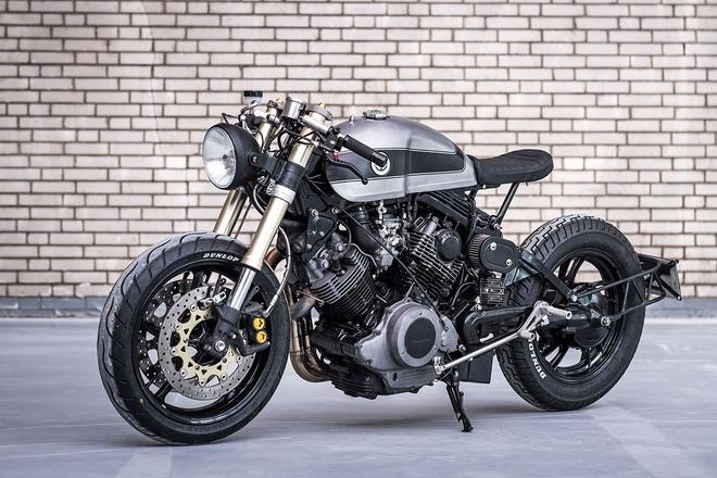 Moto Yamaha 750 phan khoi do bat mat hinh anh