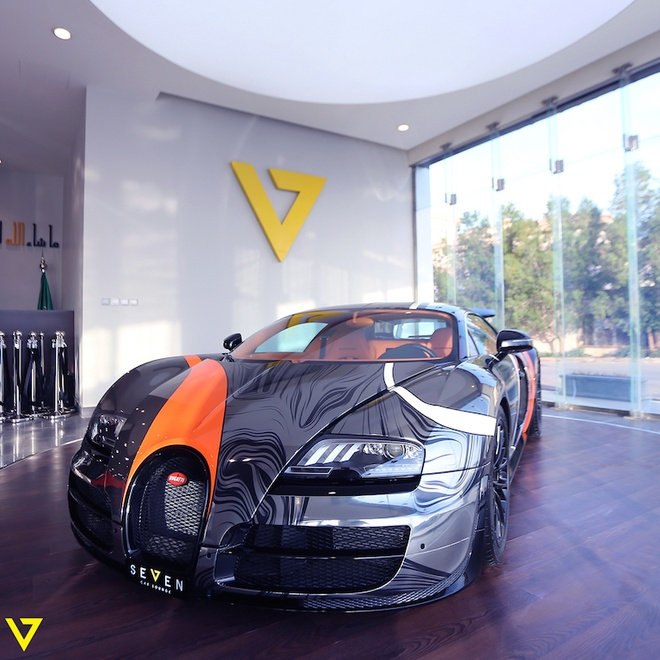 Bugatti Veyron Super Sport mau son doc duoc rao ban hinh anh