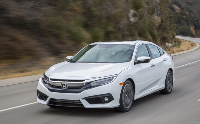 Honda Civic 2016 gia tu 28.000 USD tai Malaysia hinh anh